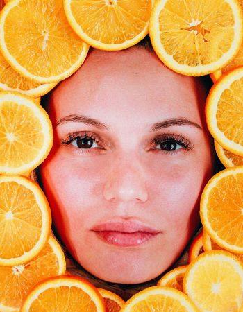 Tratamento de vitamina C para o rosto